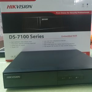 Đầu ghi IP HIKVISION DS-7108NI